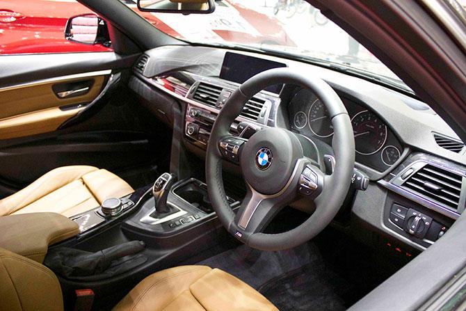 BMW320iMSport内装画像