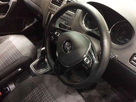 VWポロ内装画像