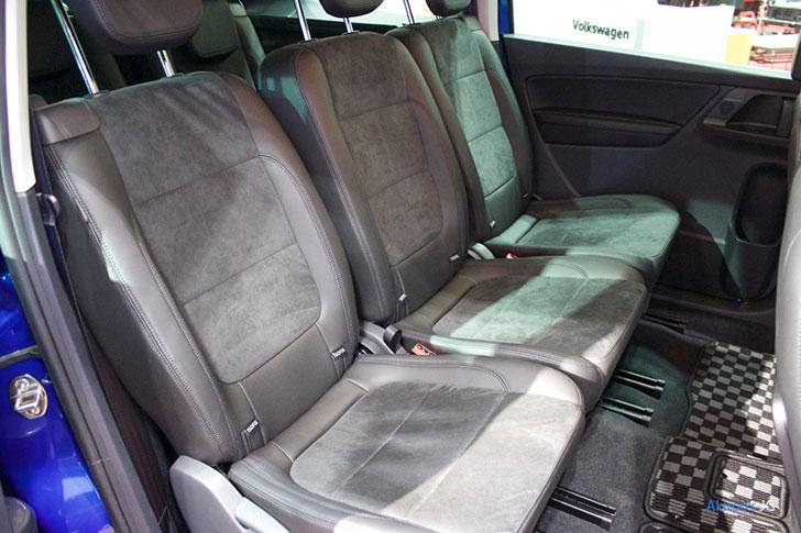 2代目 VW シャラン ハイラインのセカンドシート