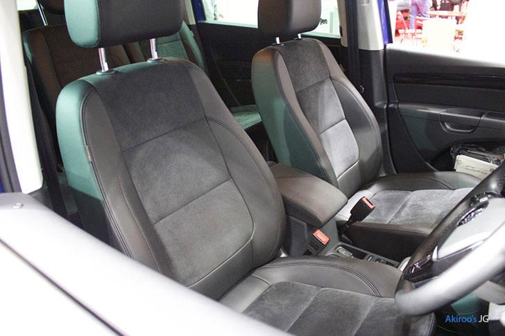2代目 VW シャラン ハイラインのフロントシート