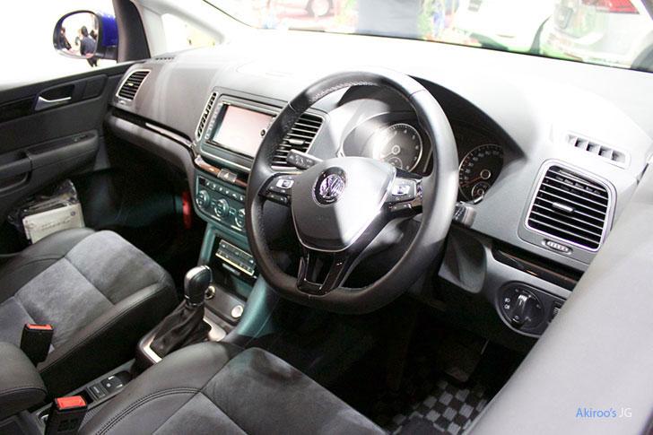 2代目 VW シャラン ハイラインの内装