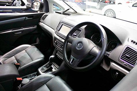 VWシャラン内装画像