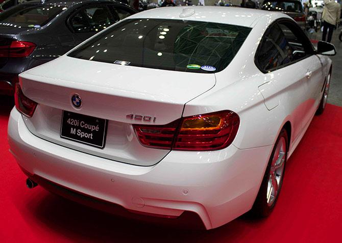 BMW435iクーペ後部画像