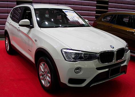 BMW X3 xDrive 20d 前面画像