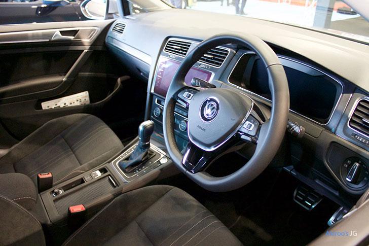 VW ゴルフ オールトラックの内装