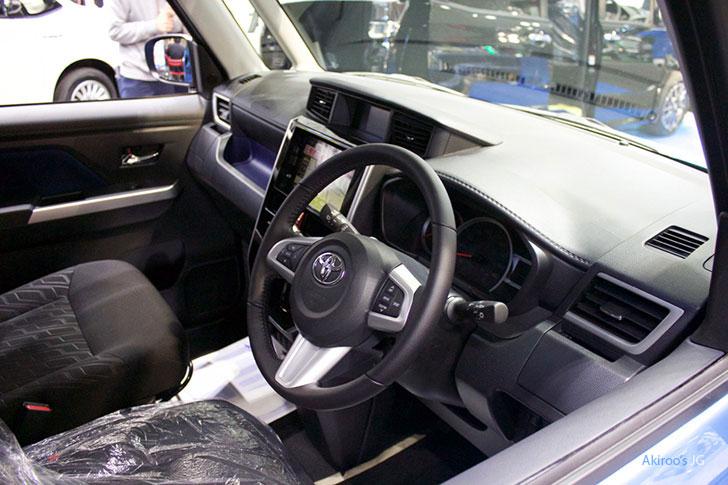トヨタ タンク カスタム G-Tの内装