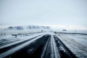 危険な凍結路の見分け方
