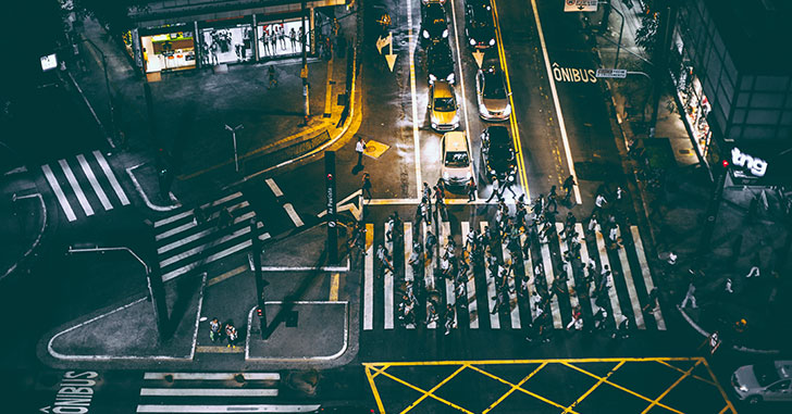 交差点の歩行者