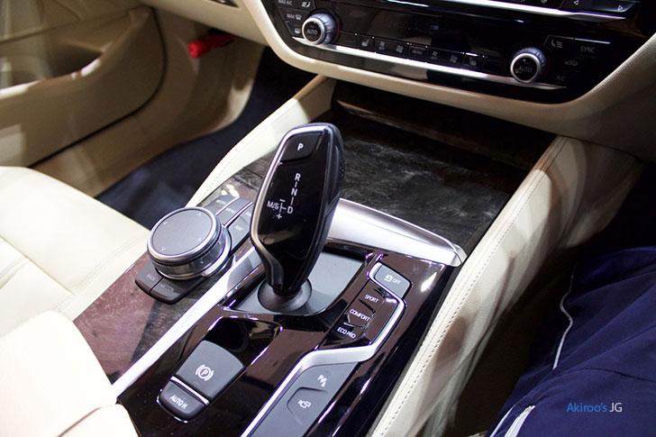 BMW523dのAT