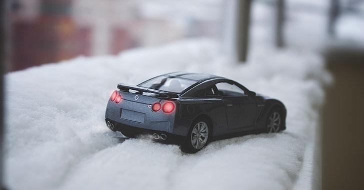 雪道を走るGT-R