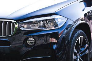 BMW X3のヘッドライト