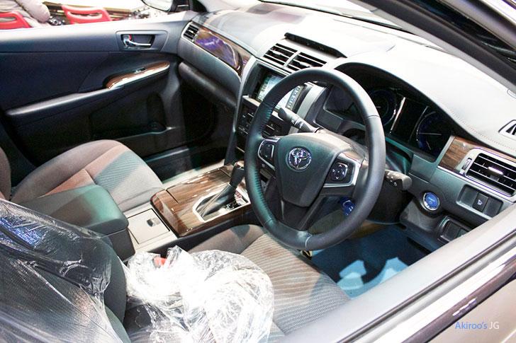 トヨタ・カムリの内装