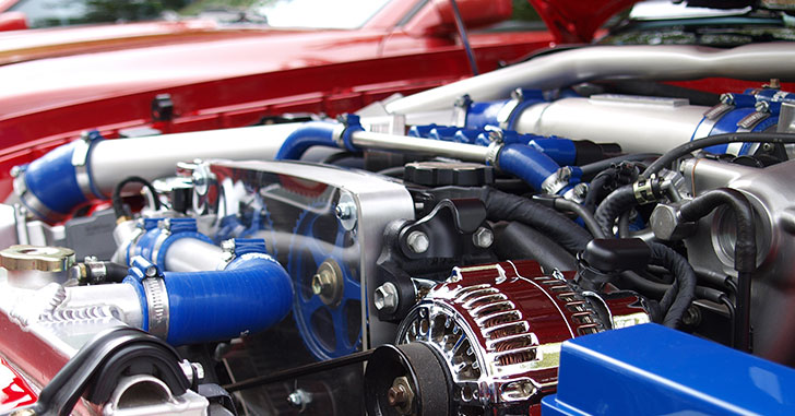 銀色のエンジン