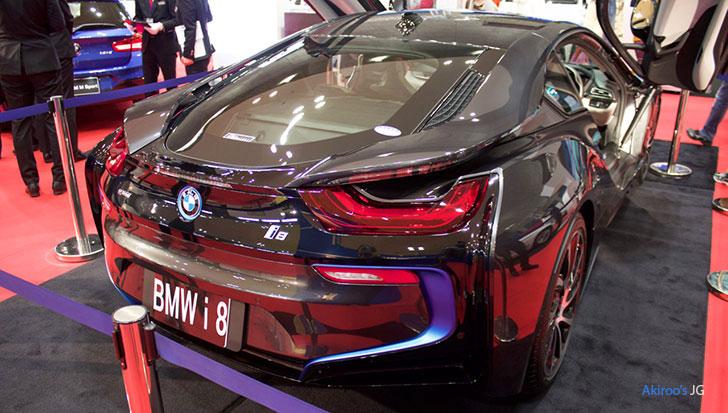 BMW i8のリア