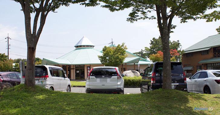蒜山の駐車場に停まるCR-V