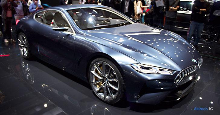 BMWコンセプト8シリーズの斜め前
