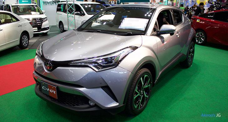 トヨタC-HRグレイのフロント
