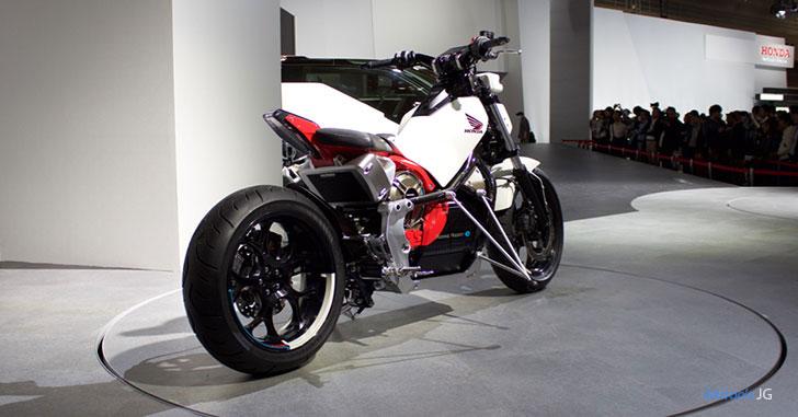 Honda Riding Assist-eのリア