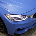 BMW M3 セダンのヘッドライト