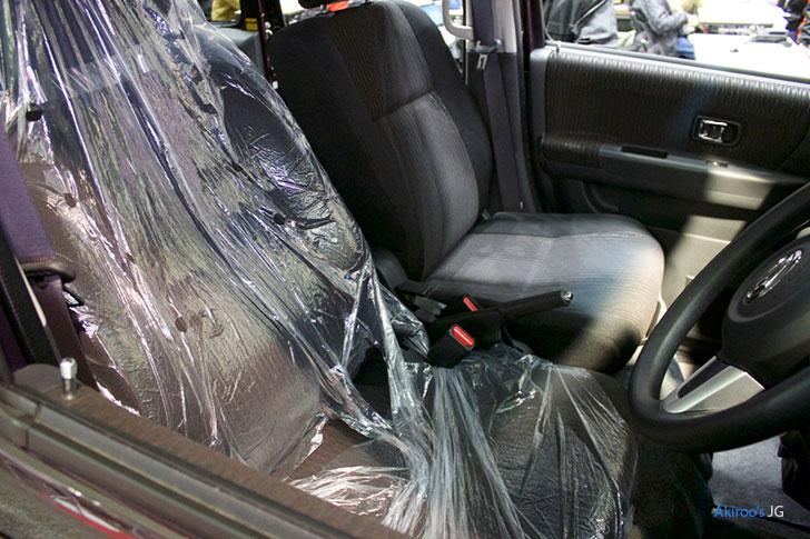 ダイハツ アトレーワゴン カスタム ターボ RSのフロントシート