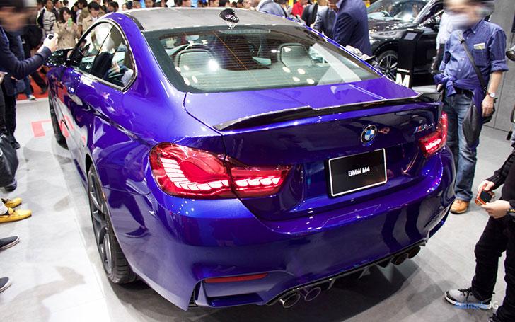 「BMW M4 CS クーペ」のリア