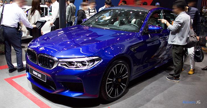 BMW M5のフロント