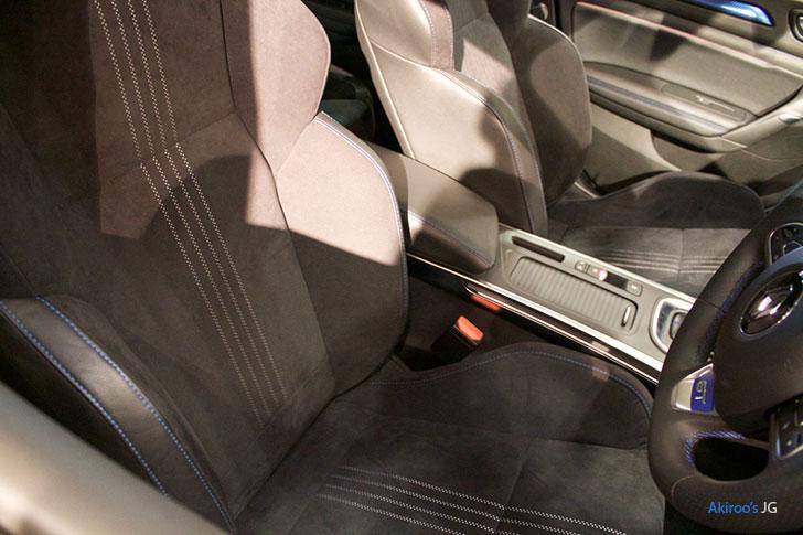ルノー・メガーヌ GTのシート