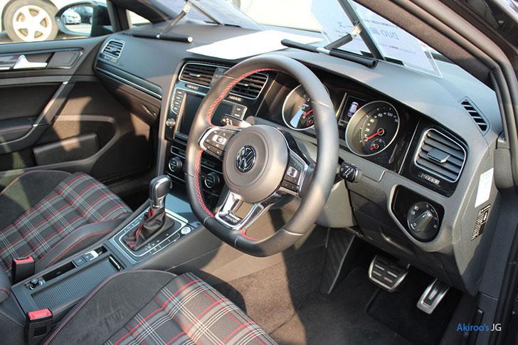 VW ゴルフ GTIの内装