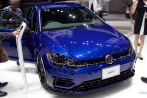「Golf R Performance」のフロント