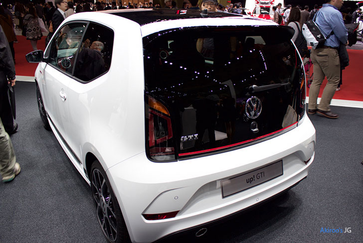 「VW up! GTI」のリア