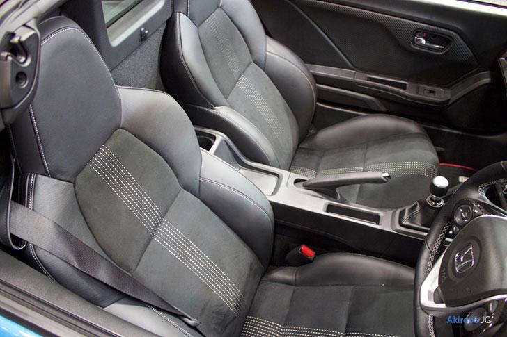 新型 ホンダ S660 αのシート