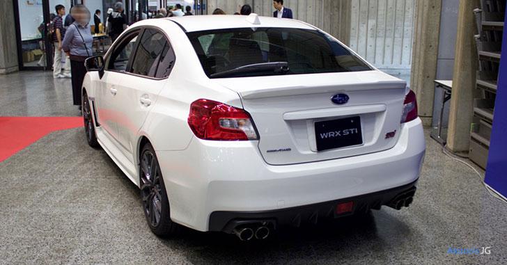 スバル・WRX STI タイプ Sのリア