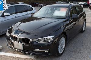 BMW 3シリーズ 320i Touring Luxuryのフロント